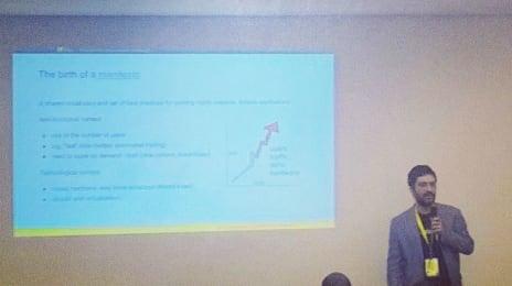 Colegul meu Robert Cristian de la @3pillarglobal ne vorbește despre #reactiveprinciples la #cluj #itdays