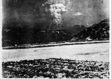 Hiroshima, Japonia, la 30 de minute după bombardamentul atomic