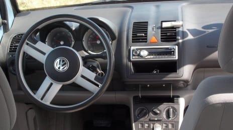 Bord VW Lupo 3L 1199cc, cutie automată, 3 uși, trapă electrică, albastru (blue ciel)