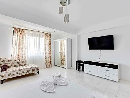 SnS Apartament in Vila Sophia White