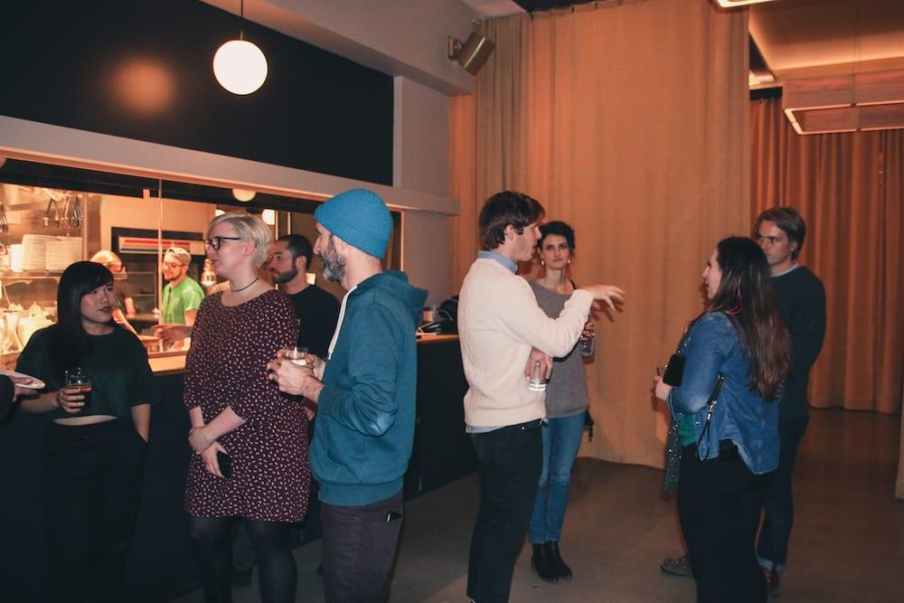 Camp Optimization November 2017 - audience socializing