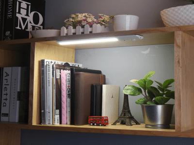 Luz LED con Sensor de Movimiento PIR con Batería Recargable