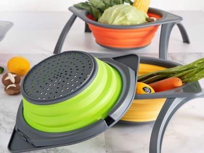 Cesta Colador de Silicona Plegable con Soporte para Cocina, Sin BPA. 4 Colores disponibles