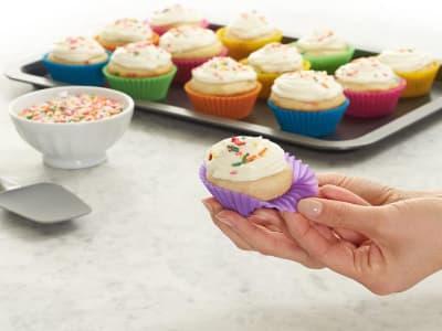 Pack de 24 moldes de silicona, reutilizables, antiadherentes, para cupcakes, etc.