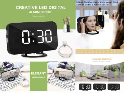 Reloj Digital LED, Alarma, 3 niveles de brillo. Elegante. Banco de energía inteligente, puede cargar sus teléfonos, Android, iPhone. Oficina ideal, dormitorio, sala de estar, cocina, exterior, etc.