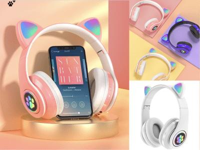 Auriculares Inalámbricos Bluetooth 5.0 para Juegos con Micrófono, Plegables, IPX4 a prueba de Agua, Tiempo de Juego 15-18 horas, Micrófono con Cancelación de Ruido, Auriculares Orejas de Gato