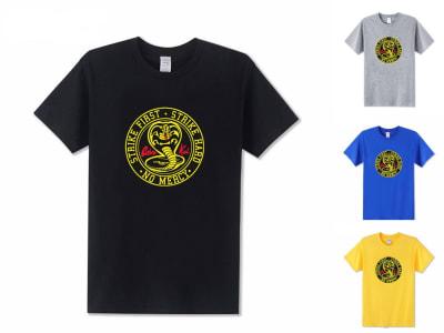 Camiseta Unisex Cobra Kai Pega Primero - Paga Duro
