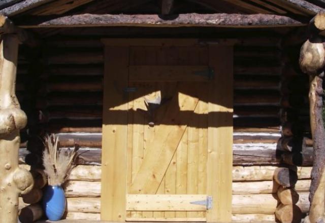 Shared Bath Cabins - Cabin #T