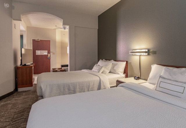 Suite, 2 Doubles, Sofa Bed