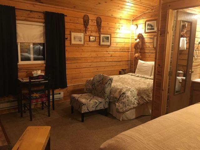 Queen Suite Cabin