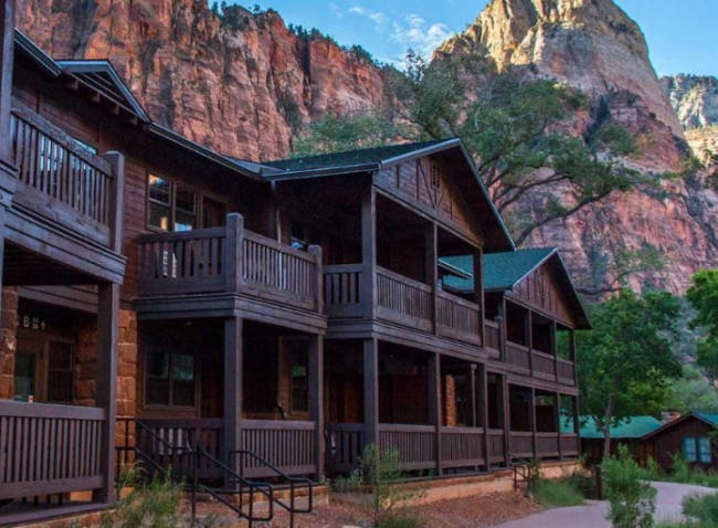 Zion Lodge Zion National Park Us Park Lodging