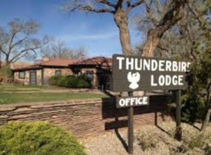 thunderbird lodge canyon de chelly national park. Black Bedroom Furniture Sets. Home Design Ideas