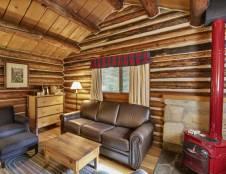 One Bedroom Parlor Suite Cabin