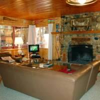 Raccoon's End - Living Room