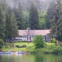 Lakeside Rooms at Lake Quinault