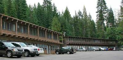 Room Rates & Details | Diamond Lake Resort