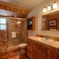 Mariposa Heights - Master Bathroom