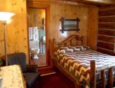 Hotel Room 1 Queen (Room 11, Room 12)