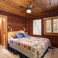 Creekside Cabin, 53