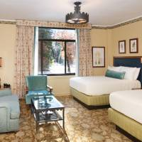 Classic Room with 2 Double Beds