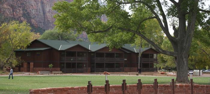 Zion Lodge Zion National Park Us Park Lodging