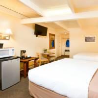 Rooms at Elk Refuge Inn