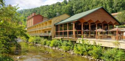 River Terrace Resort and Convention Center