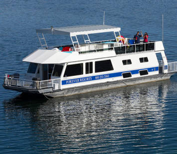 Houseboating on Trinity Lake