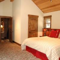 Boot's Haven - Bedroom 1