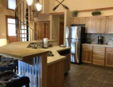 Two Bedroom Townhouse + Loft (Sleeps 8)
