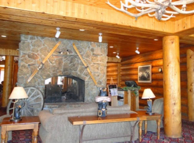 Headwaters Lodge And Cabins Yellowstone National Park