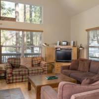 Wawona Chalet - Living Room