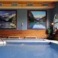 Fairmont Chateau Lake Louise Pool