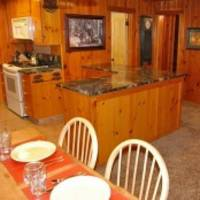 Raccoon Hollow, 27, Dining Area View