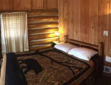 Shared Bath 1 Full Bed (Room 01, Room 02, Room 04, Room 06)