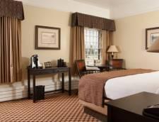 Premium Hotel Room - 1 King