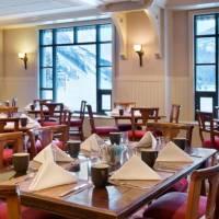 Fairmont Chateau Lake Louise Dining
