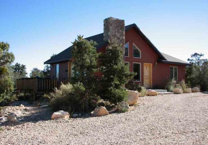 Room Rates & Details | Stone Canyon Inn