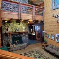 Pines Resort at Bass Lake Lobby