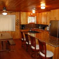 Harmony Villa - Breakfast Bar Dining Area