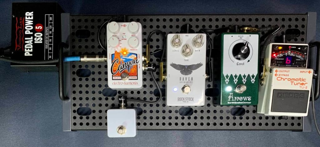 Batteries Or Power Supplies Better For Guitar Pedals, pedals plugged to 9v, pedals using 9v battery