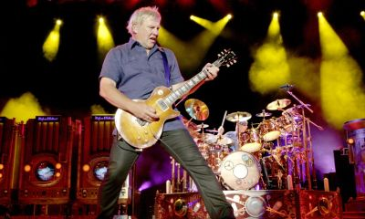 alex-lifeson-rush-press-crop-andrew-macnaughtan.jpg