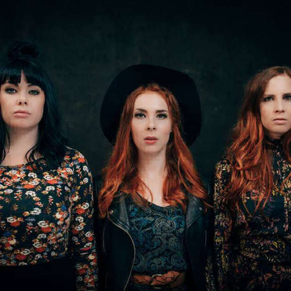 Iron Country Sisters The Blue Hidden In Oheistarvikkeet 2019