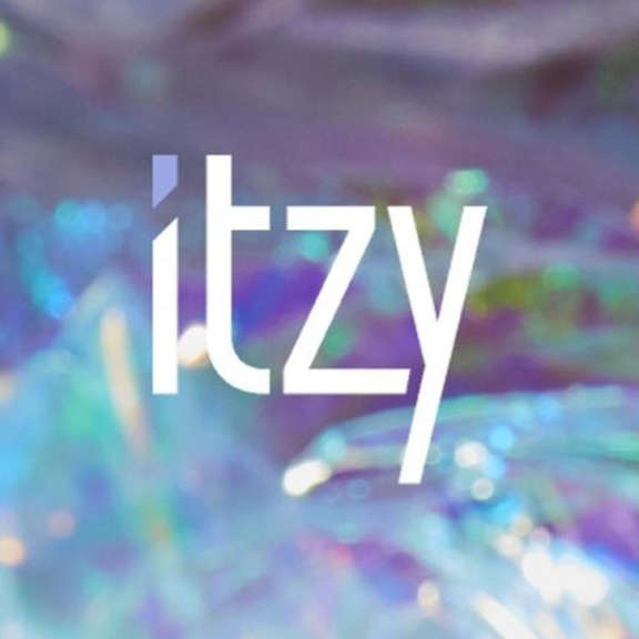 Itzy It'z Icy  Oheistarvikkeet 2019