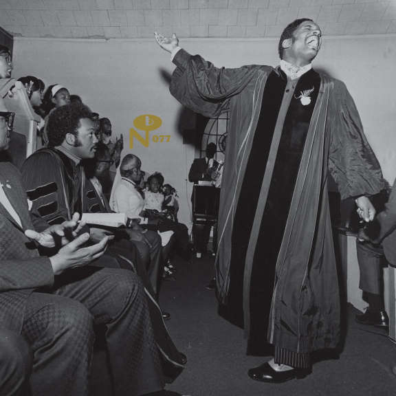 Pastor T.L. Barrett and The Youth For Christ Choir I Shall Wear A Crown (coloured) LP 2021