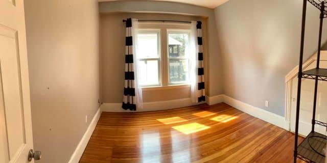 Photo of Jes's room