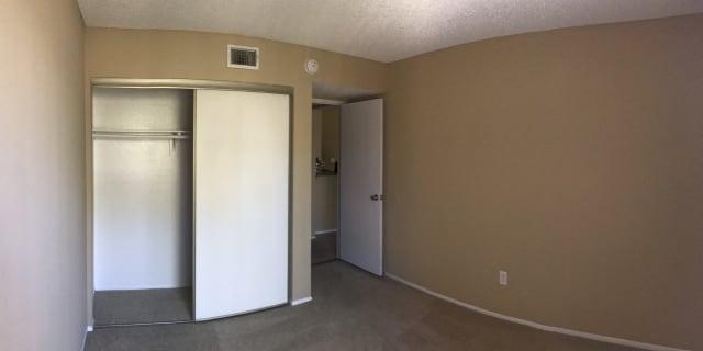 Photo of Elizabeth 's room