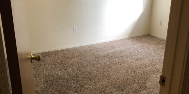 Visalia CA rooms for rent   Roomies com