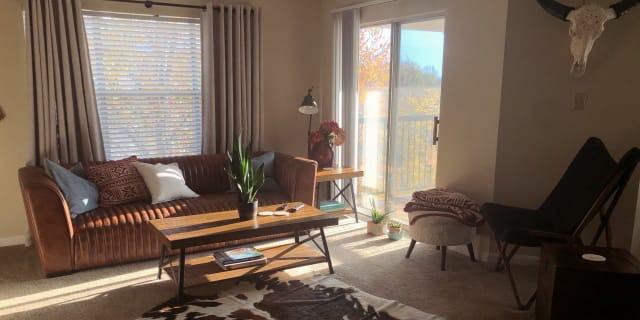 Photo of Jocelyn 's room