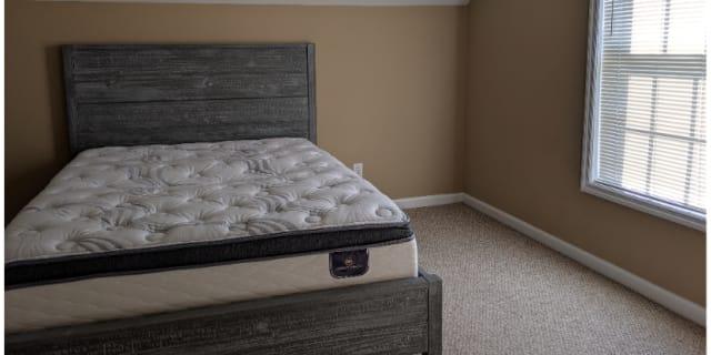 Photo of Vee's room
